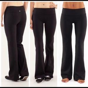Lululemon bootcut leggings size 6